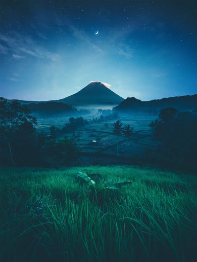 Taking images of Mount of Agung is possible on a Bali photography tour.