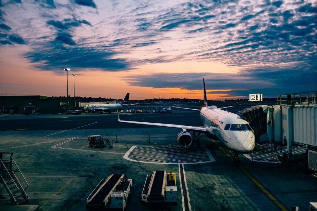 How to Have Better Flying Experience for Your Trip